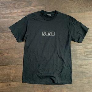 Noah T-shirt
